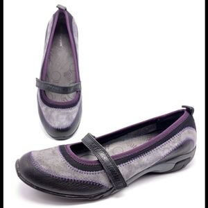 Hush Puppies 9M Gray/Black Casual Mary Jane Flats
